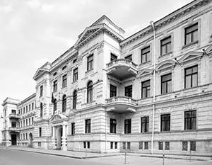 По мнению оппозиции, Верховный суд Грузии находится в клановом симбиозе с партией власти