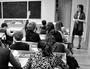 Русскоязычные дети должны составлять большинство в классе, подчеркивают педагоги