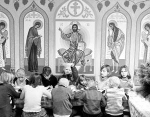 При РПЦ уже есть сеть детских приютов, теперь речь пошла о домах малютки