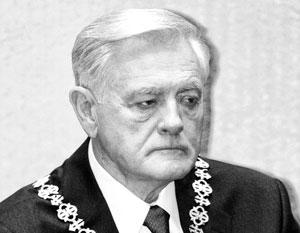 Валдас Адамкус считается иконой «борьбы за независимость» и антисоветского сопротивления
