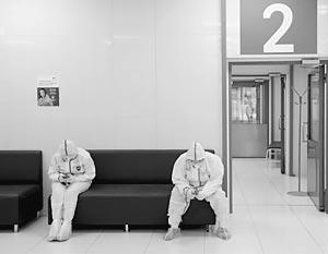 Московским врачам все тяжелее помогать пациентам с коронавирусом