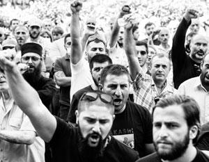 Десятки тысяч грузин регулярно выходят на улицу в защиту традиционных семейных ценностей