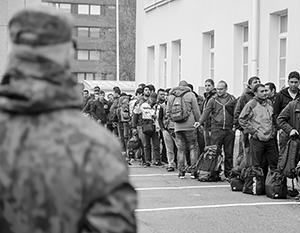Финляндия с подозрением относится к мигрантам, но приветствует их появление