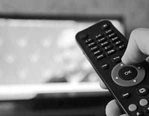 Украинизация ТВ заставляет зрителей выключить телевизор и уйти в Интернет