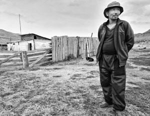 Евгений Донгак, житель села Кирсарай. Далеко не единственная точка в Туве, требующая особого внимания