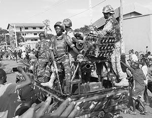 Гвинейские спецподразделения заняли президентский дворец
