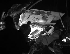 Найден черный ящик потерпевшего крушение в Иркутской области самолета