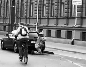Вот такие сцены боевых действий можно было увидеть на рижских улицах