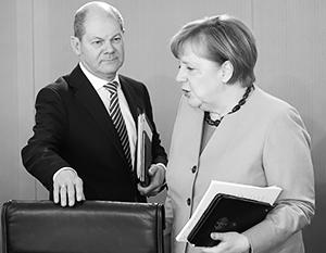 Шольц надеется, что Германия избавится от Меркель хотя бы к Рождеству