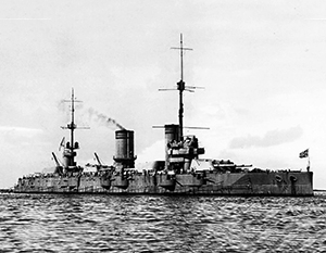 Линкор «Гангут» носил и Андреевский, и советский военно-морской флаг