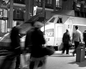 Транспортный паралич охватил весь Париж и большинство городов страны