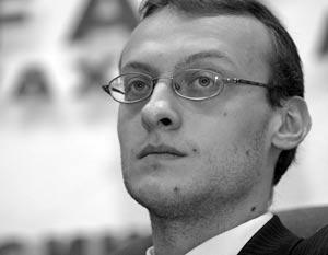 Глава «Новых правых» Владимир Шмелев