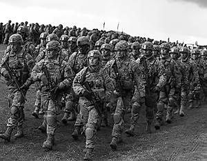 По экспертным оценкам, натовский контингент вблизи российских границ создаются в качестве оккупационных войск