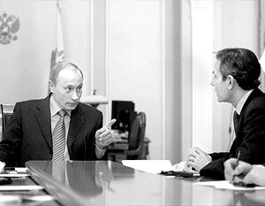 В начале разговора американский журналист поинтересовался, каков общий вклад США и России в решение мировых проблем