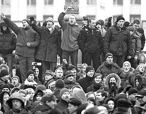 Уже на площади Независимости стало известно, что переговоры с властями провалились