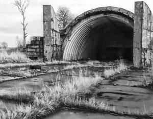 Военные аэродромы под Калининградом, на которых когда-то стояли грозные авиаполки, заросли травой
