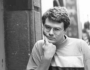 По своей первой литературной «профессии» Шульпяков – поэт