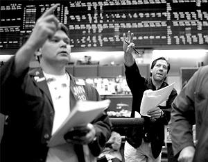 В феврале обвалы на мировых фондовых рынках затронули и российские биржи