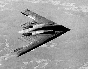 Бомбардировщик B-2 «Спирит» относится к третьему поколению так называемых малозаметных самолетов