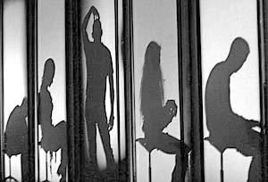 Сцена из спектакля «Shlem.com» по книге Виктора Пелевина «Шлем ужаса»