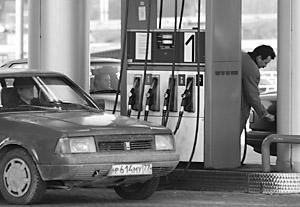 Дума рассмотрит закон, осложняющий жизнь бензиновым мошенникам