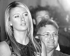 Самой молодой среди богатых знаменитостей считается 18-летняя теннисистка Мария Шарапова