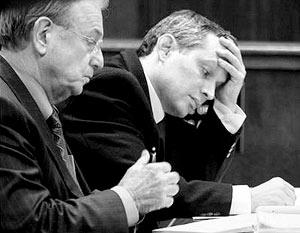 Изначально адвокат Ганса Райзера Уильям Дюбуа подчеркивал, что все собранные улики недостаточны для возбуждения уголовного дела