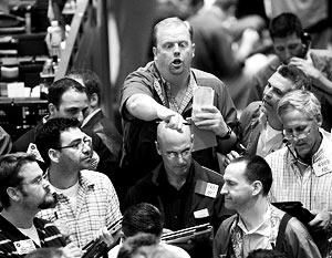 По итогам торговой сессии в Нью-Йорке основные биржевые индексы США обвалились