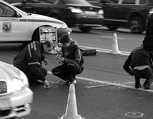 Криминалисты на месте убийства Руслана Ямодаева