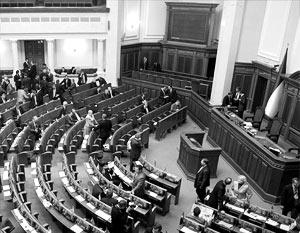 Роспуск Верховной рады хотя и стал событием давно ожидаемым, однако далеко не радужным