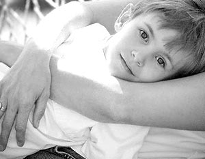 На вопрос: «Ожидаете ли вы появления ребенка в семье в 2006 году?» – 75% россиян уверенно ответили «нет»