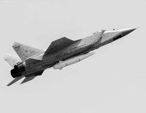 Еще советский истребитель МиГ-31 делает «Кинжал» недосягаемым для США