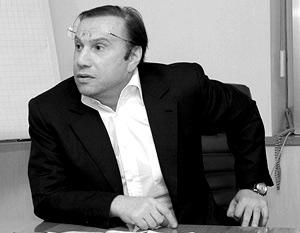 Виктор Батурин в интервью каналу Russia.ru подтвердил свои слова, сказанные ранее в адрес бывшей жены
