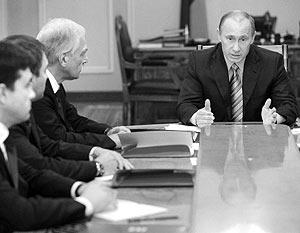 Премьер-министр РФ Владимир Путин встретился с руководством «Единой России»