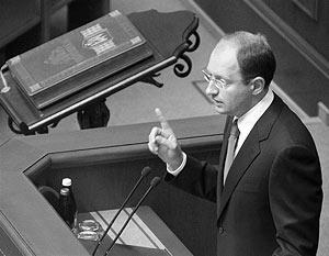 Яценюк является депутатом пропрезидентского блока «Наша Украина – Народная самооборона»