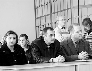 Елена Сеничева и Владимир Пелипенко, обвиняемые в причинении тяжкого вреда здоровью Софье Куливец