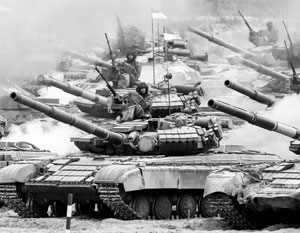 Переделка всех танков на стандарт НАТО калибра 120-мм обойдется в миллиарды долларов, но Украину, похоже, это не остановит