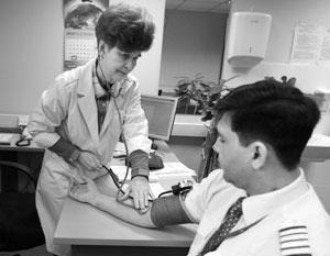 «Медицинский фильтр» для пилотов в России слишком строг, считают сами авиаторы