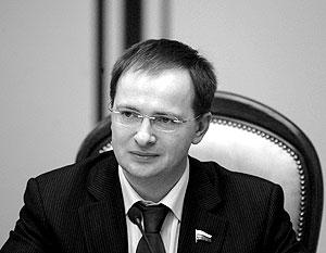 Руководитель рабочей группы президиума генсовета «Единой России» по работе с офисными служащими Владимир Мединский
