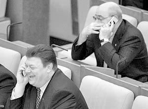Теперь при средней зарплате в Омске 6 тыс. рублей депутаты будут получать по 45–70 тыс
