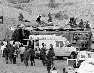 Тела погибших собирали на протяжении 80-метрового пути падения автобуса