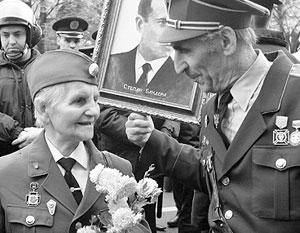 Чествование тех, кто воевал против красноармейцев, на Западной Украине давно уже стало нормой
