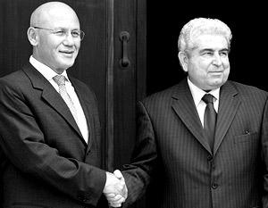Лидер турок-киприотов Мехмет Али Талат и президент Кипра Димитрис Христофиас