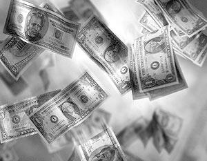 Бороться с влиянием доллара сейчас очень трудно