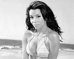 Звезда «Отчаянных домохозяек» Ева Лонгория второй год подряд стала «самой горячей девушкой» года по версии журнала Maxim