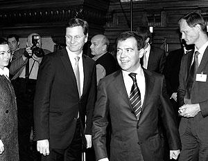 «В вашем лице и в вашей стране мы видим стратегического партнера», – заявил Вестервелле Медведеву