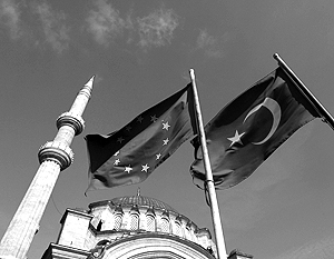 Планы на вступление Турции в Евросоюз, в том числе, наталкиваются на религиозные вопросы
