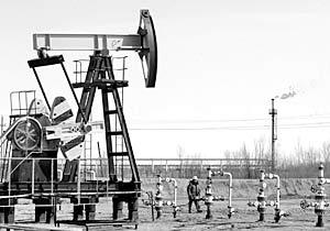 В преддверии встречи министров финансов G8 участники рынка высказали ряд предложений по способу снижения цен на нефть