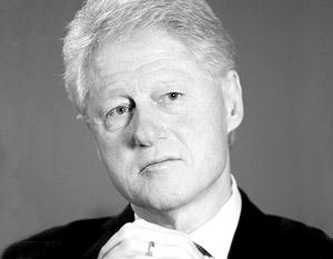 Из-за мужа госсекретарь Хиллари Клинтон прервала свое турне