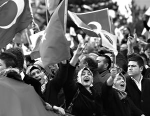 Турция озвучила свое мнение по поводу геноцида армян волной протестов и отзывом посла из Вашингтона